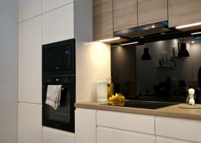 kuchnia lakier i płyta Egger 2
