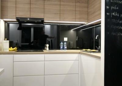 kuchnia lakier + płyta Egger